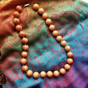 Chunky vintage tan bead necklace Hong Kong gold